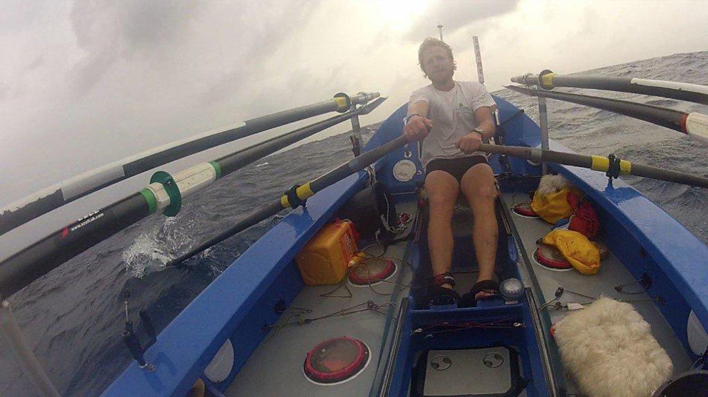 Пересекая Атлантику на вёсельной лодке